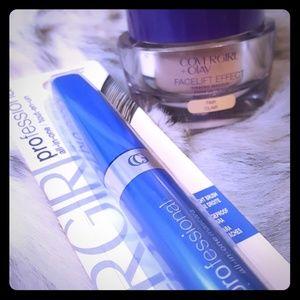 Covergirl foundation and mascara set